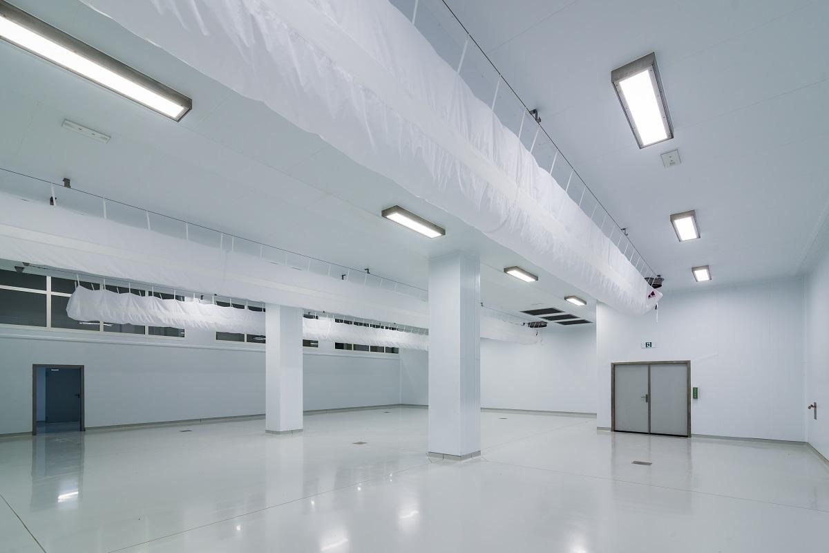 Budynek produkcyjny dań gotowych wraz z częścią magazynową oraz administracyjną Mróz S.A. Borek Wielkopolski Magazyn