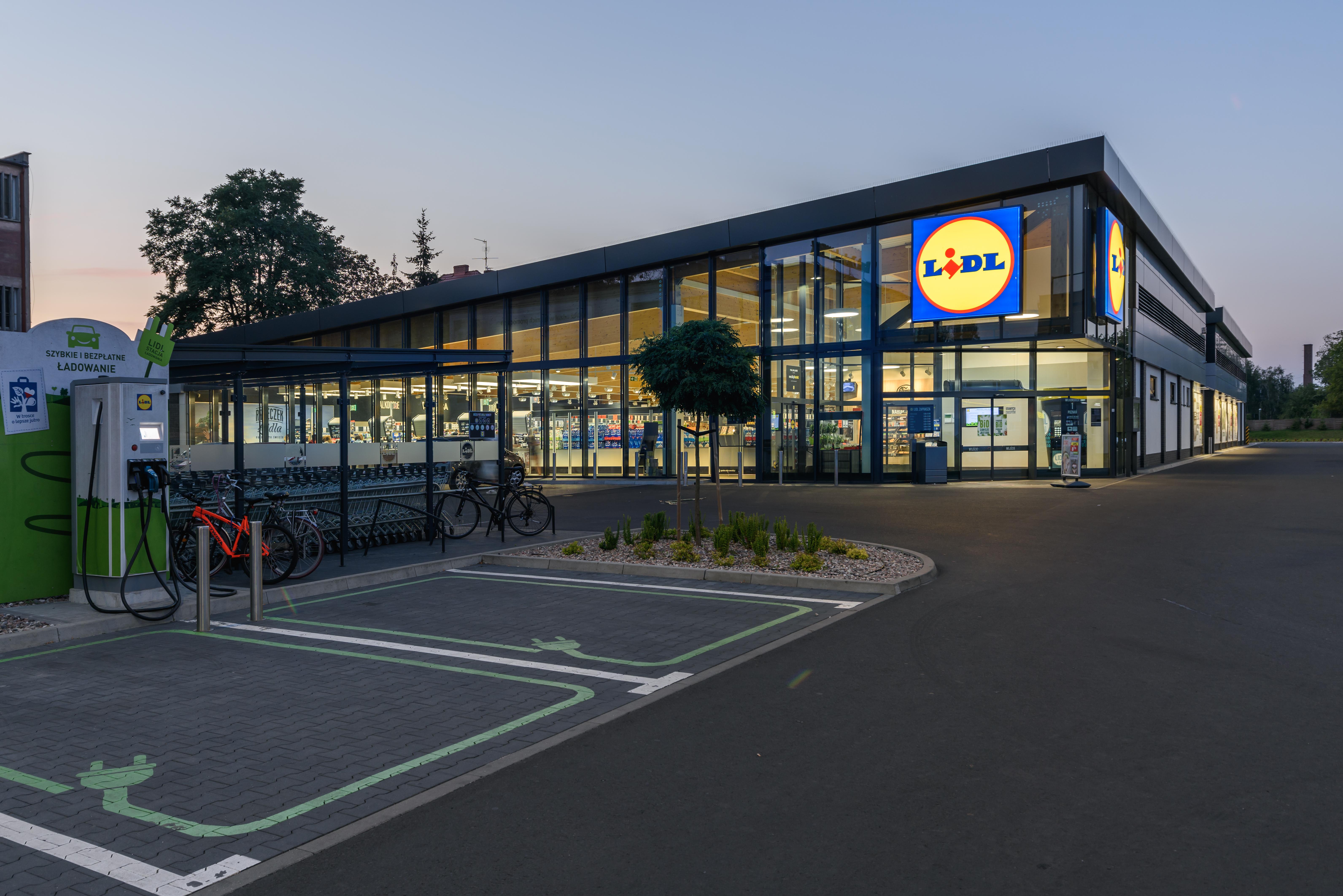 Obiekt handlowo - usługowy Poznań